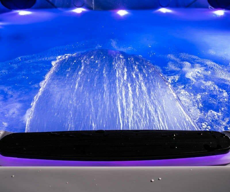 ONE SPA Prestige 5L - Wasserfall