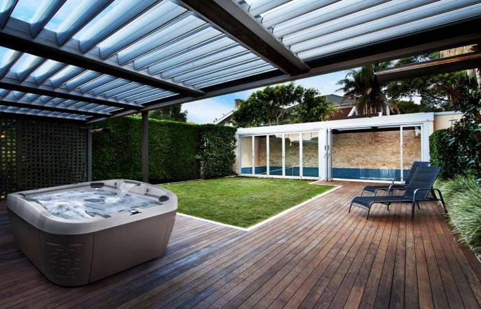 Pool Alternative - Jacuzzi modern